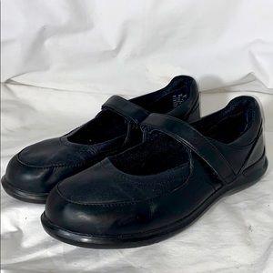 Aravon Black Leather Comfort Flats Wide Sz 10EE